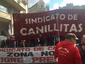 canillitas_plazadeMayp_contraeltarifazo1